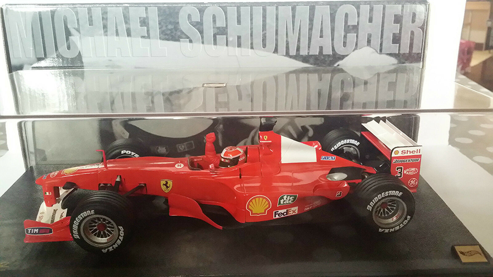FERRARI F1- 2000 M.SCHUMACHER 1/18 HOT WHEELS LIMITED EDITION