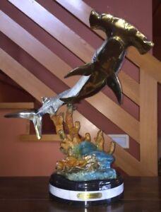 w aribu sculpture
