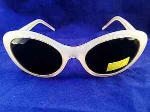 New-Ladies-Womens-Opaque-Oval-Frame-Oversize-Retro-Grey-Lens-Sunglasses-UV400-Z3