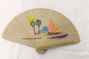 VINTAGE-HAND-HELD-FAN-RISING-SUNSET-WOOD-CARD-CONSTRUCTION-F69