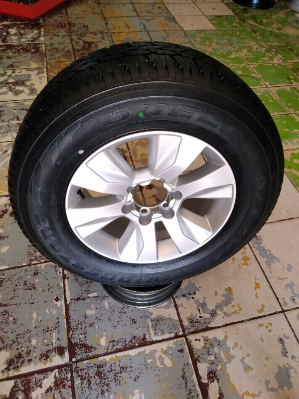17Inch TOYOTA HILLUX Magrim & Tyre 265/65R17 For SPARE WHEEL On Sale I