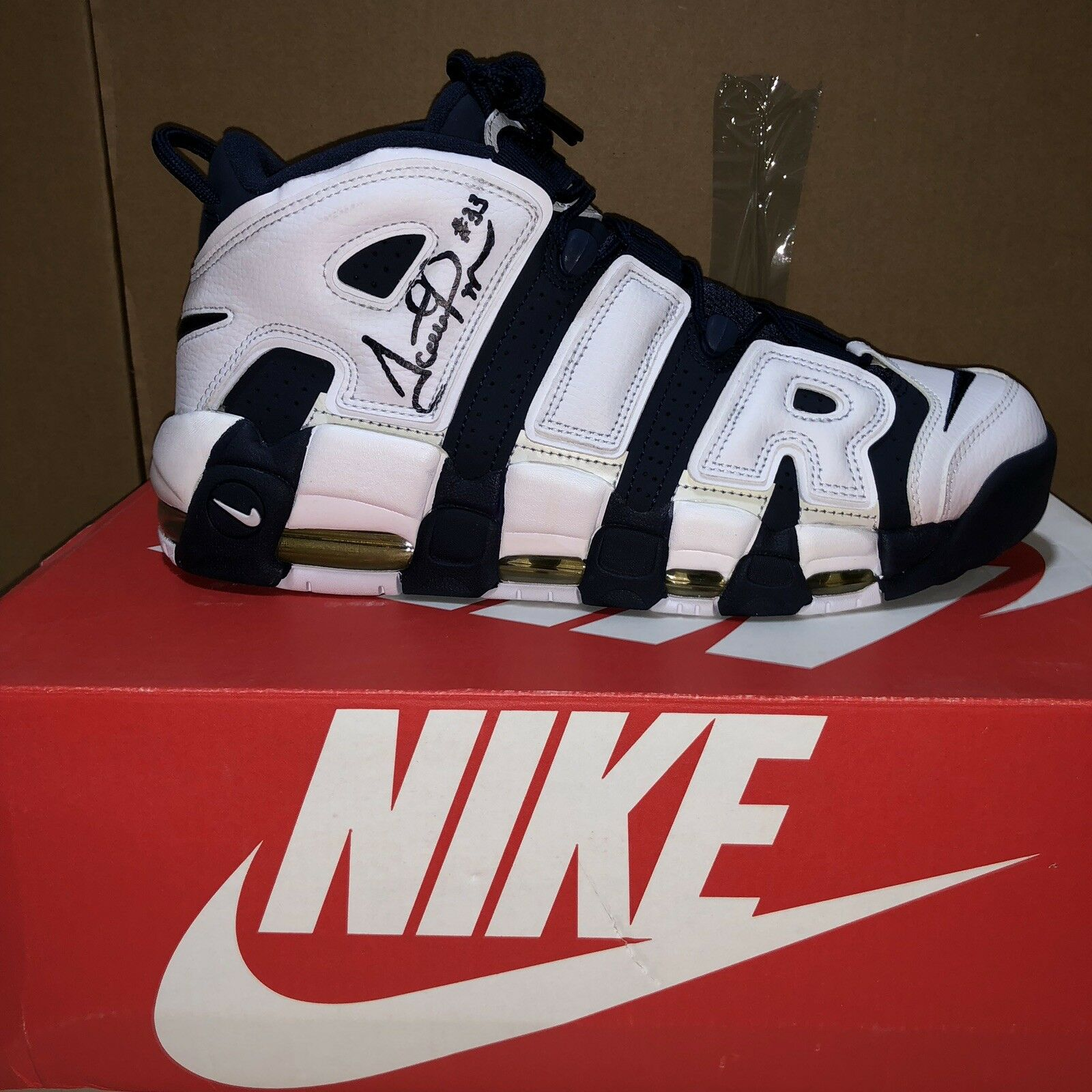 Air More Uptempo Midnight Navy 9.5 Signed By Scottie Pippen