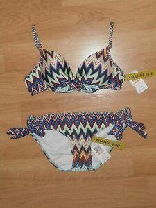 Gianni-Bini-Chevron-Twist-front-and-Tie-side-Bikini-Size-Small-Blue-Multi