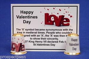 Happy-Valentines-Day-034-Love-034-Gold-Top-China-Thimble-History-Card-B-148