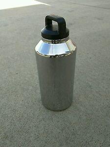 Yeti Rambler 64 Oz Bottle Polished New Ebay