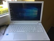 Toshiba l50-c-1gx Notebook 1tb HDD 8gb RAM win 10 cuatro núcleos DVD