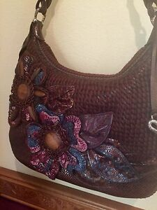 NWT-BRIGHTON-MILA-BROWN-FLOWER-EMB-AND-LEATHER-Hand-Bag