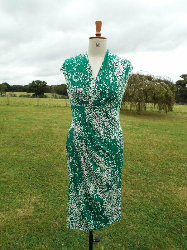 226500e1f659 1940s Look PER UNA Green Print Pull On Stretch Tea Dress BNWT RRP .00  noggxk3117-Dresses
