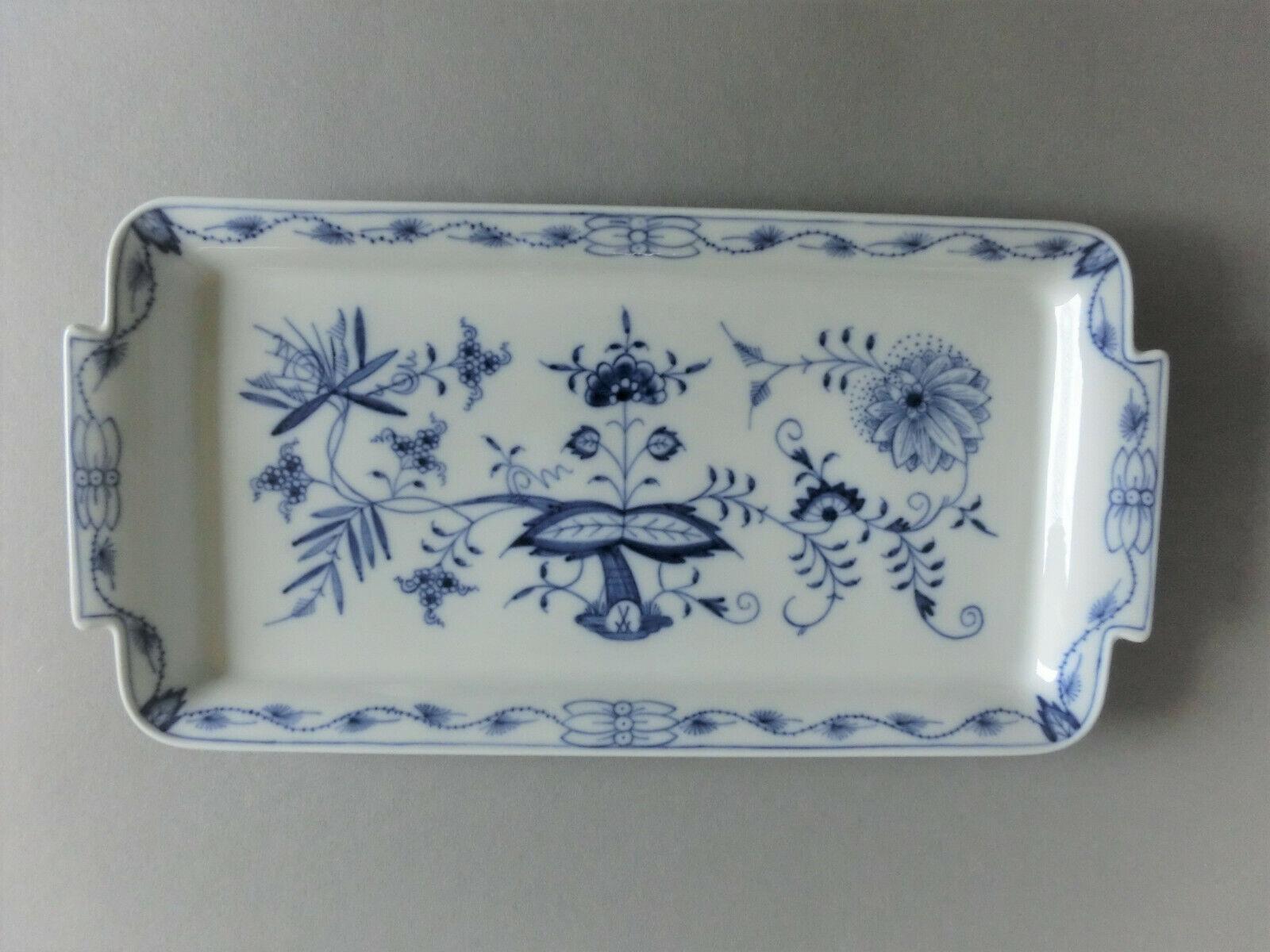 Meissen Zwiebelmuster Königskuchenplatte Platte mit zwei Schleifstrichen