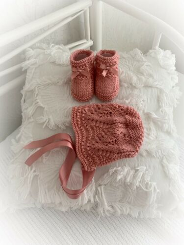 """""""Willow"""" 4 Piece Set knitting pattern for Reborn doll 16-22"""" or 0-3 Mth Baby"""
