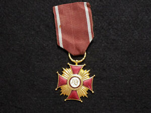 Vintage-Polish-People-039-s-Republic-Gold-Cross-of-Merit-Medal
