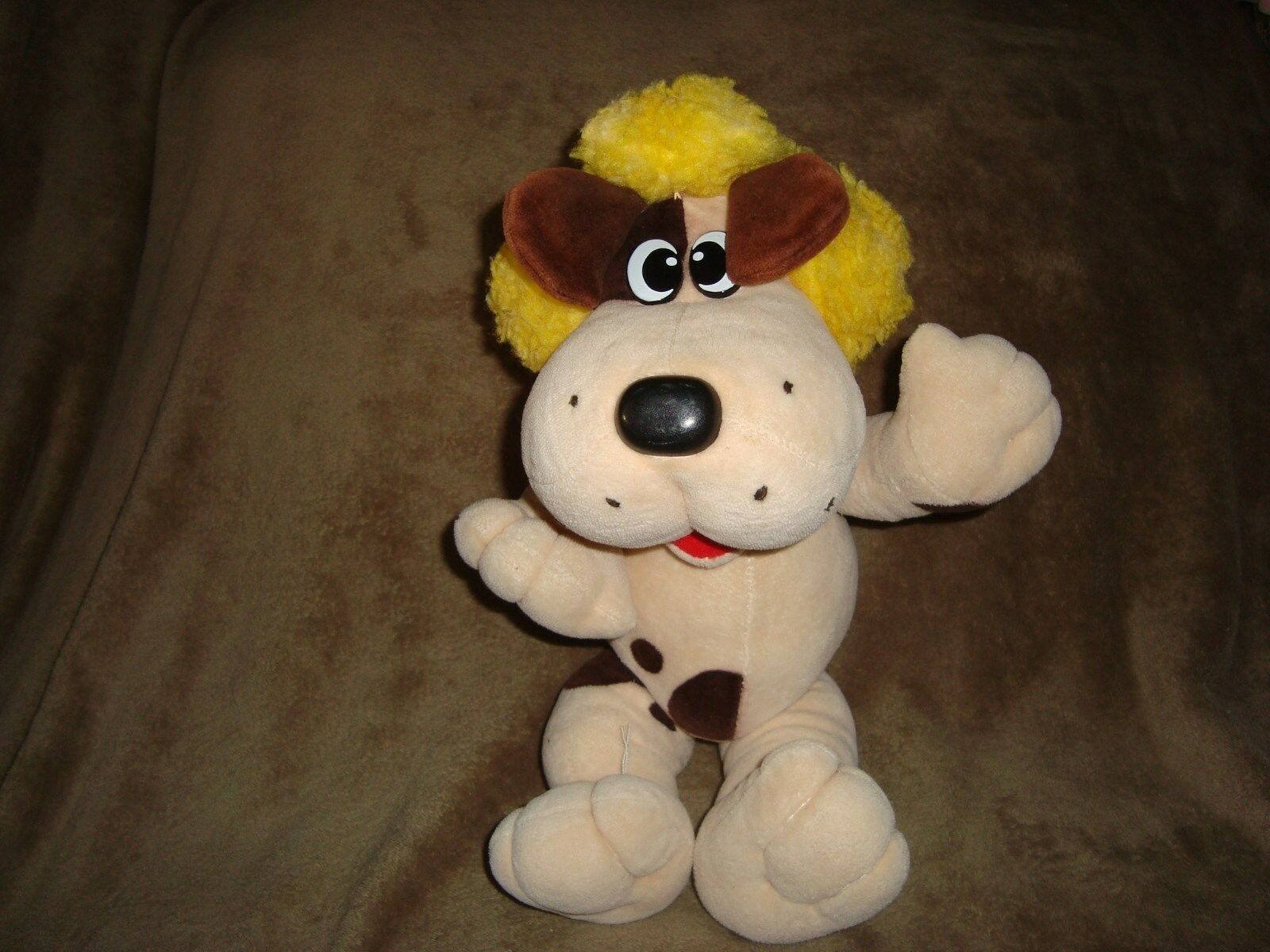 Tonka Pound Puppy 15  Plush Jointed Dog with giallo hair HOWLER