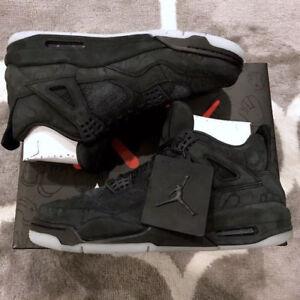 68d3930a584a Nike Air Jordan 4 Retro x Kaws Black Clear Glow in the Dark Size 8.5 ...