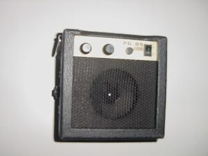 new small battery powered portable guitar practice amp amplifier ebay. Black Bedroom Furniture Sets. Home Design Ideas