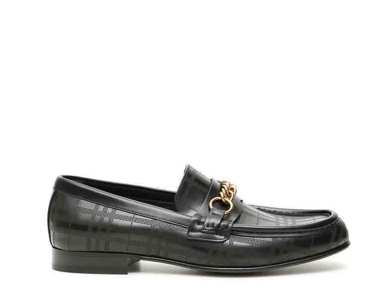 Burberry Link Detail Leather Loafers