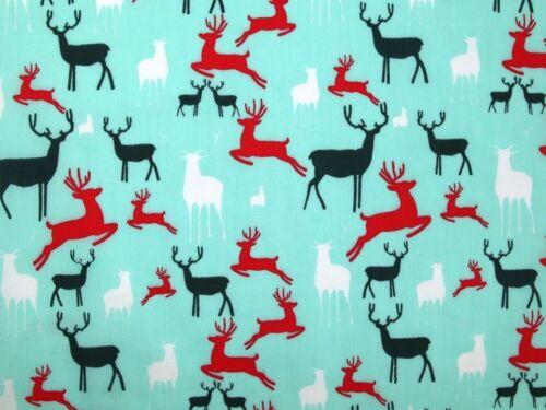 EM-526-White-M Reindeers Christmas Print Polycotton Dress Fabric
