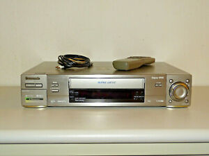 Panasonic-NV-HS960-High-End-S-VHS-ET-Videorecorder-inkl-FB-2-Jahre-Garantie