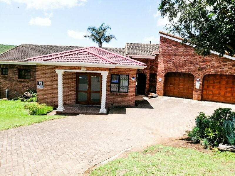 Beautiful 4 bedroom home with swimming pool in an upmarket area