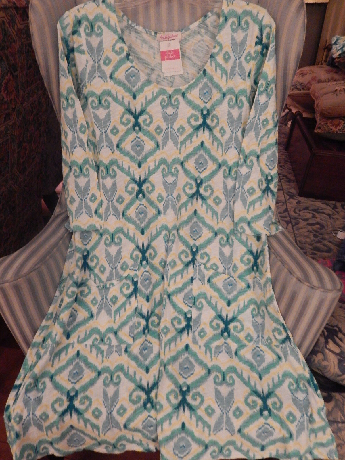 NWT FRESH PRODUCE100% COTTON   IKAT   DESIGN  DALIA DRESS ON  WHITE .. (S)