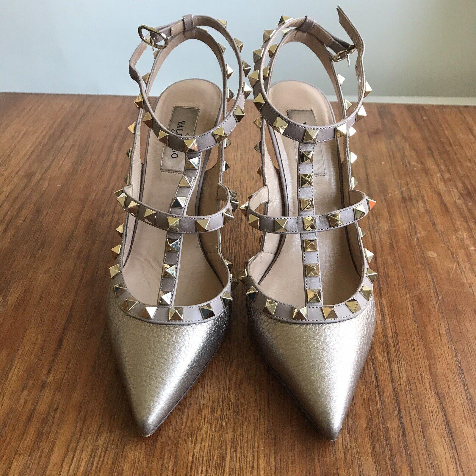 Valentino Rockstud Heels - gold. Worn Twice. Size 37.5 UK 4.5