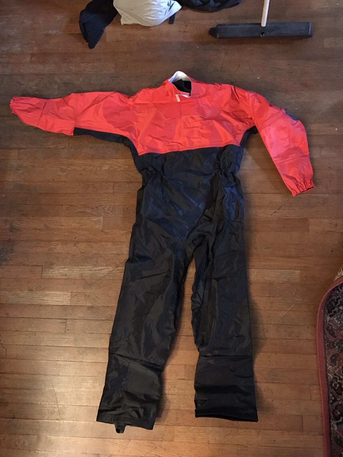 New Drysuit AirBergy Comfortable ,Size Small  height 5' 3 -5' 6