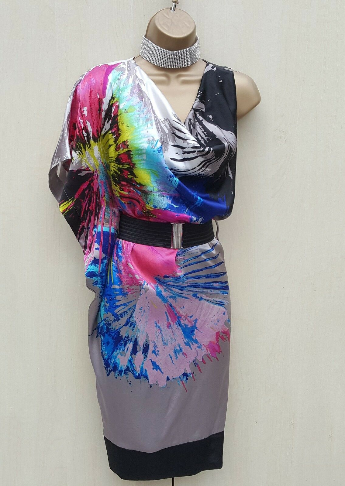 NEW Größe 6 UK STUNNING KAREN MILLEN SILK PRINTED DRAPED KIMONO PARTY DRESS