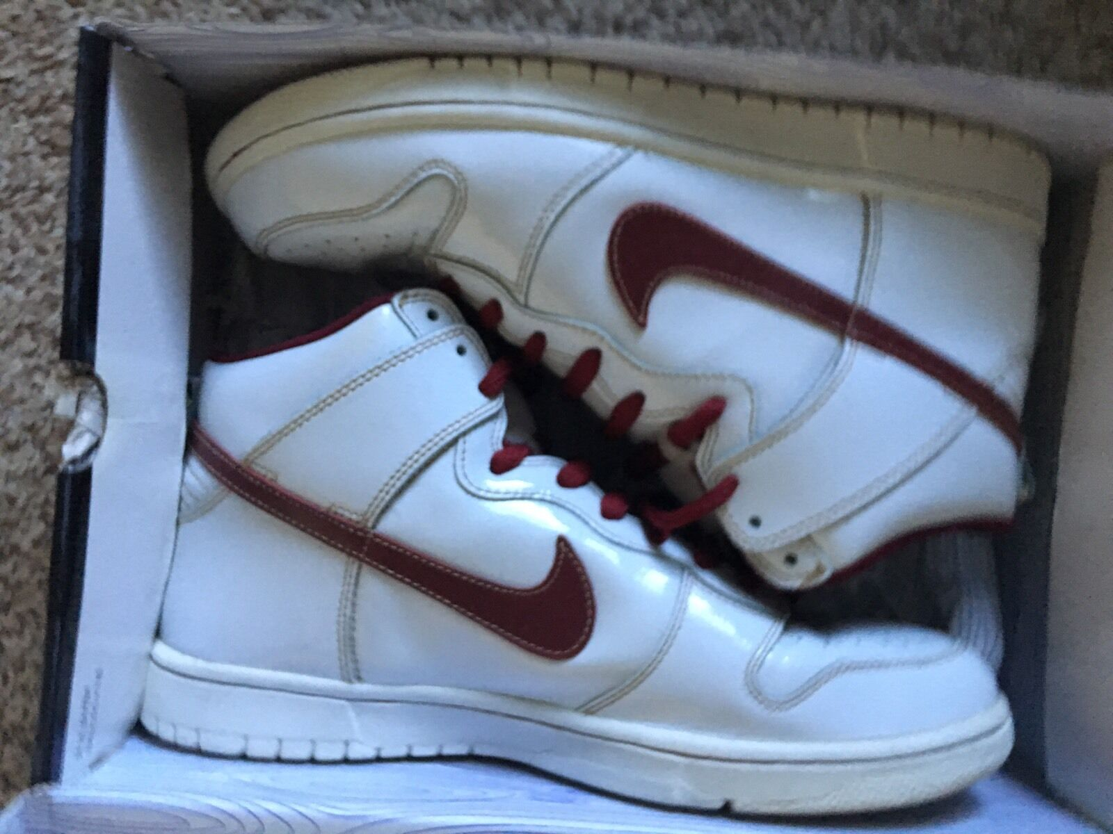 Men's Size 10 Nike SB Dunk High Mafia White / Team Red 313171 161