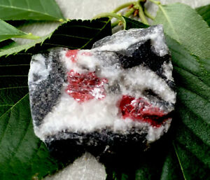 43-5g-RARE-NATURAL-GEM-RED-CINNABAR-CRYSTAL-MINERAL-HEALING-STONE-Reiki-ITALY