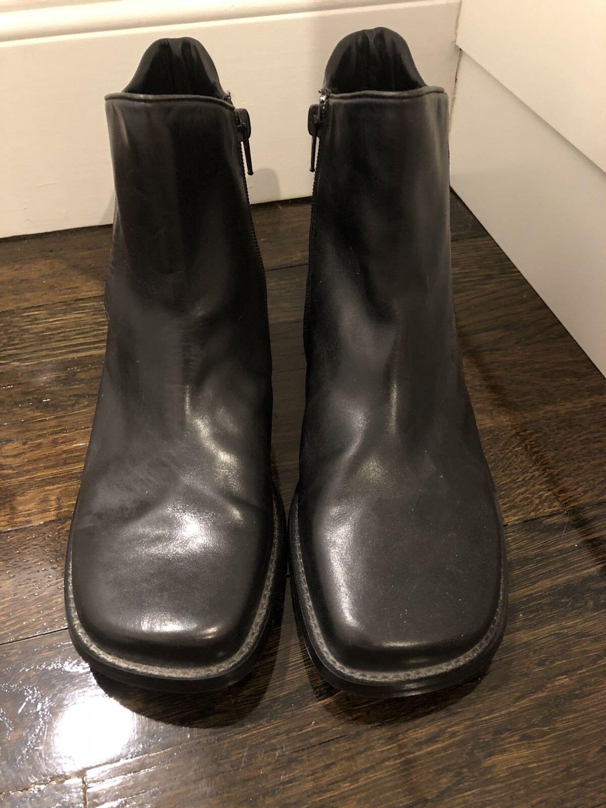 NEU Anne Klein Ankle schwarz Leder boots zipper 8.5