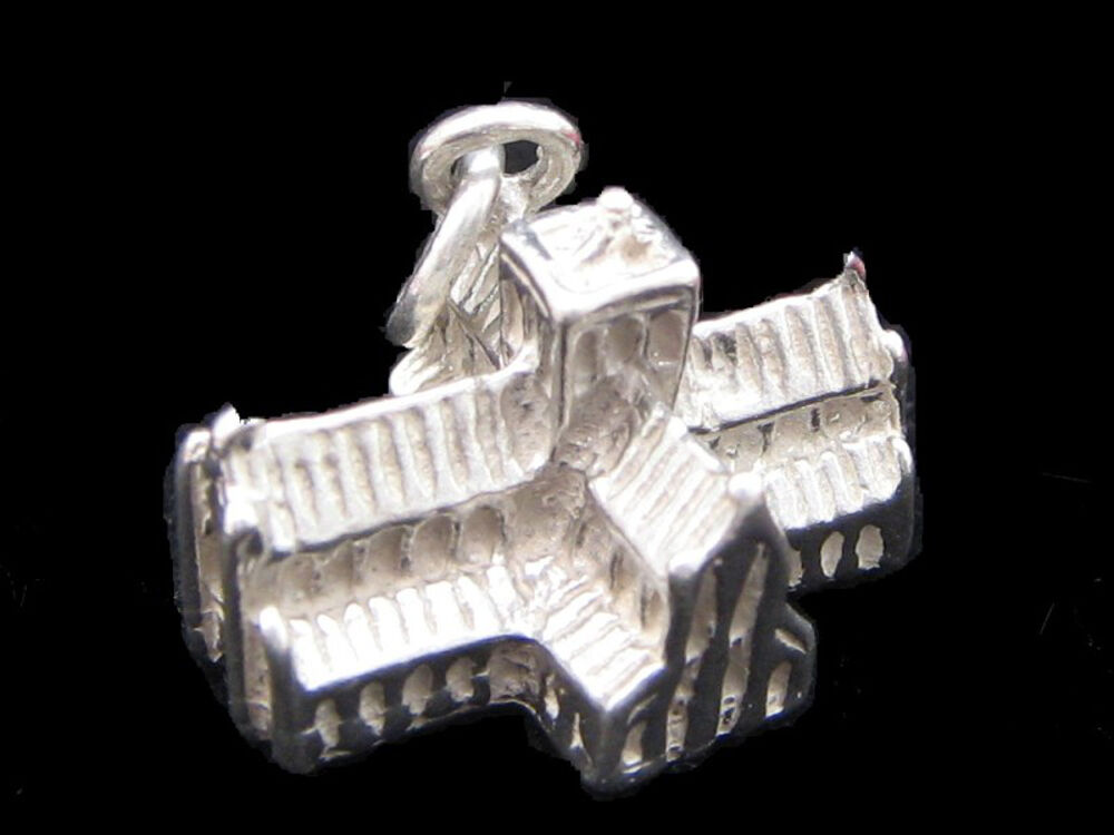 Winchester Cathedral charm sterling silver 925 charmmakers 3D