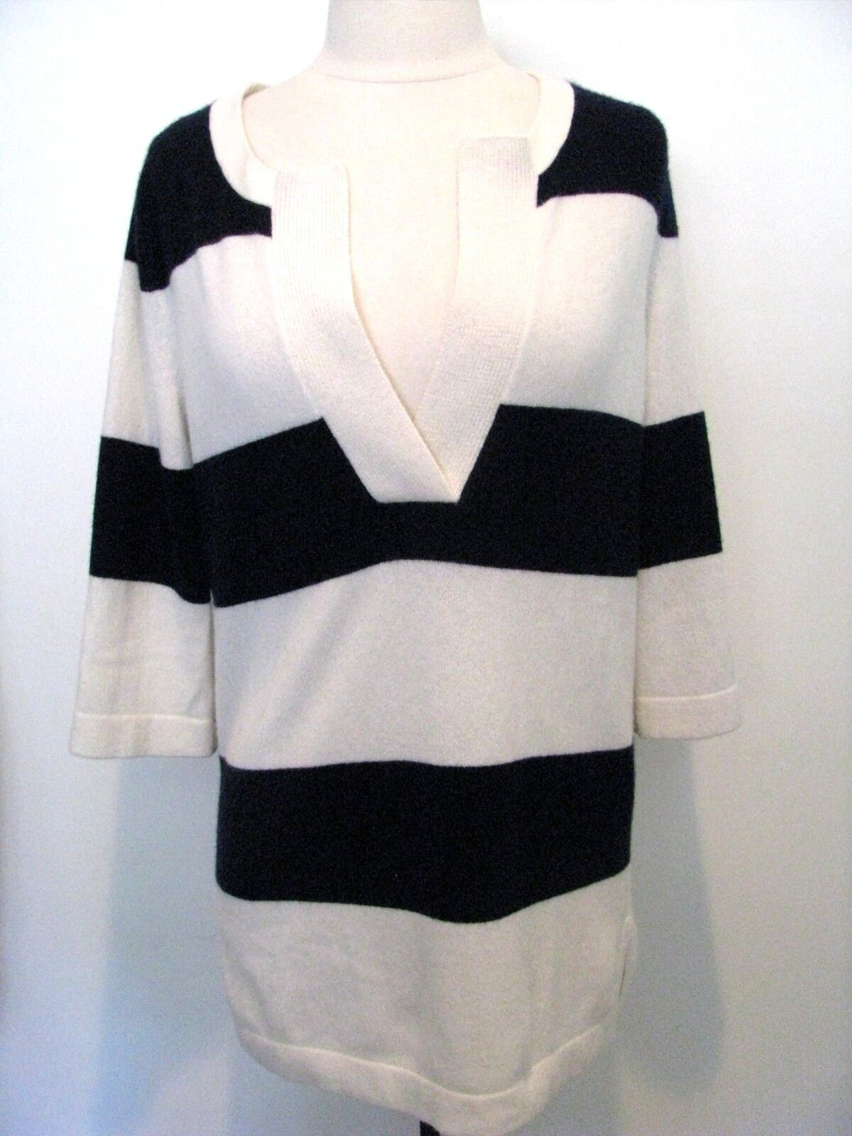 DEMYLEE NEW YORK Light Cream & Navy Striped 100% Cashmere Sweater Size XS NWT