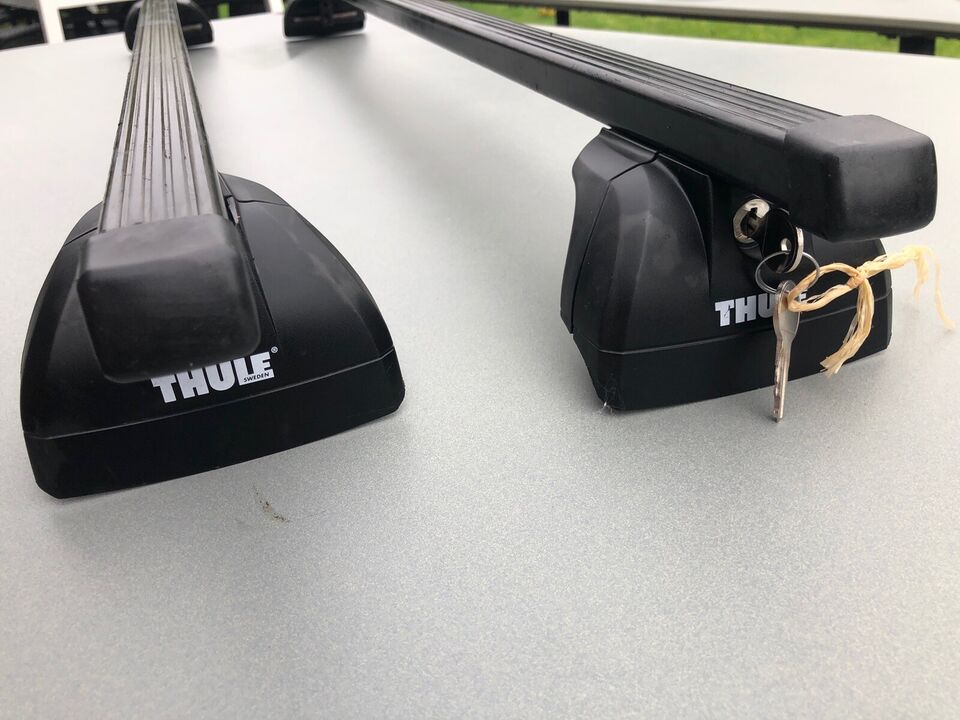 Tagbøjler, Thule