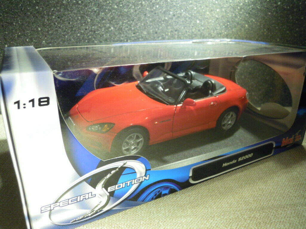 Maisto 31879  Honda S2000 in red, Diecast 1 18, NEU & OVP