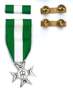Medaglia-e-o-Nastrino-Anzianita-di-Servizio-16-Anni-Croce-D-039-argento-per-Esercito