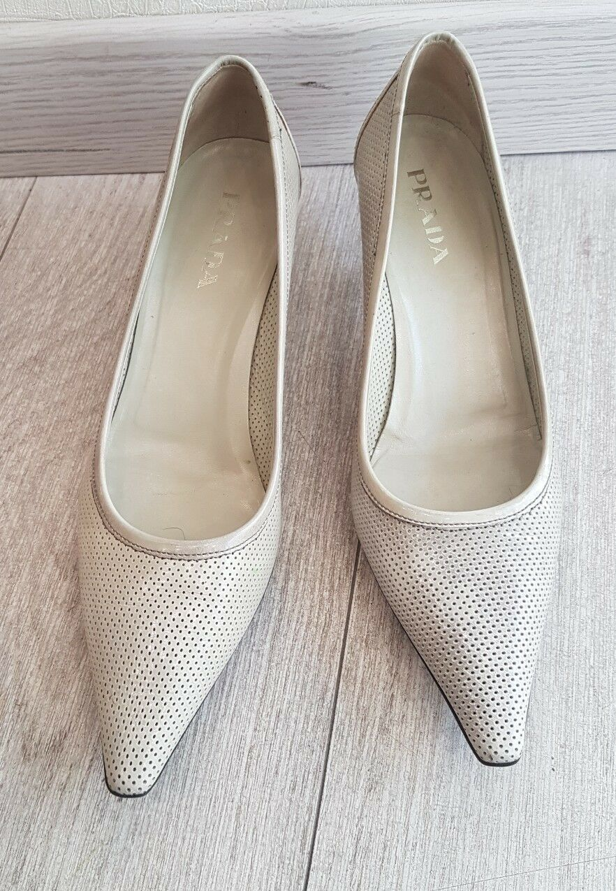 COURT SHOES PRADA LEATHER   PRADA   Size 37   PRADA SHOES Very GOOD CONDITION