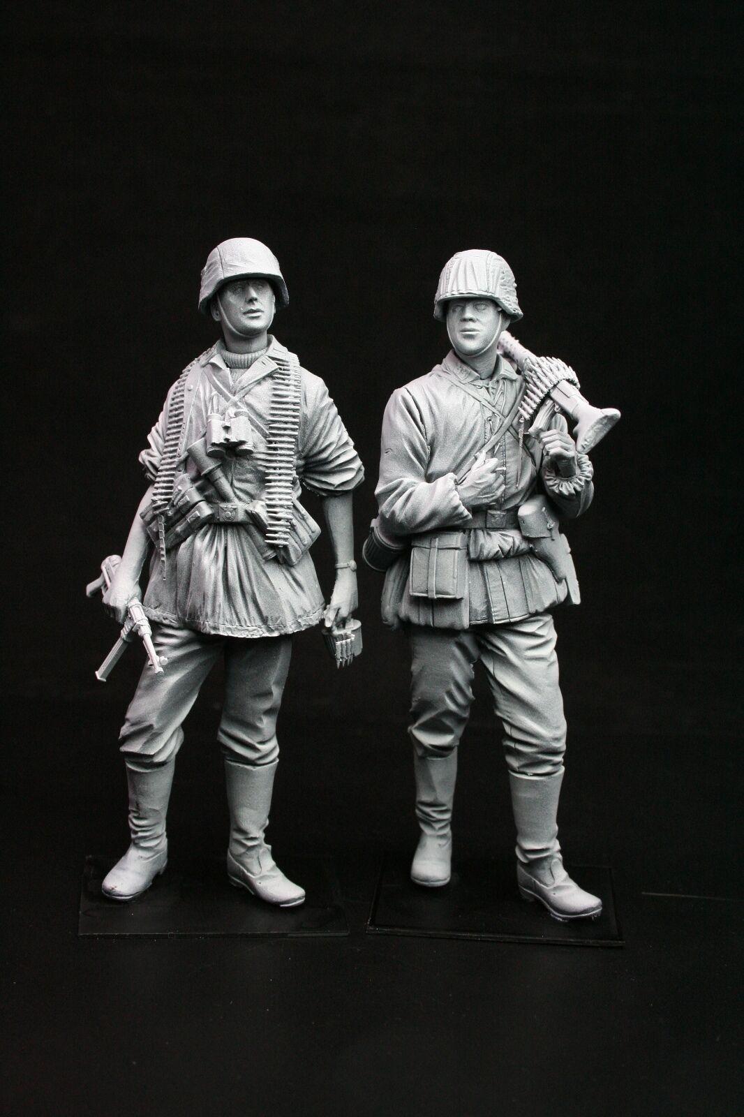 120mm 1  16 WWII Tyska MG34 Team, skulpterat av Maurice Corry