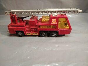 J107-Matchbox-1972-SuperKings-K9-Denver-Fire-Tender-Made-in-England-Diecast-Red