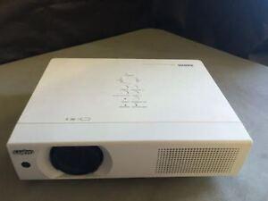 sanyo pro xtrax multiverse projector plc xu105 4500 lumens verybright warranty ebay. Black Bedroom Furniture Sets. Home Design Ideas