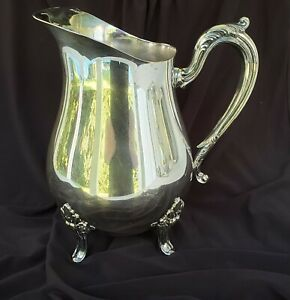 Vintage-Silver-Plate-Footed-Water-Pitcher-w-Ice-Lip-Heavy-Duty-8-1-4-034