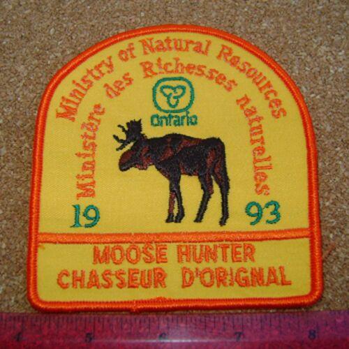 1993 ONTARIO MNR MOOSE HUNTER PATCH DNR DEER BEAR ELK CREST BADGE FISH hunting