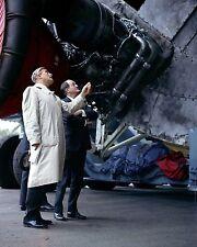 DR. WERNHER VON BRAUN BRIEFS VICE-PRESIDENT HUBERT HUMPHREY  8X10 PHOTO (AA-778)