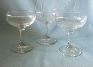 4-Libbey-Cocktail-Glasses-Coupe-Clear-Long-Stemmed-Tall-Sherbet-Glasses