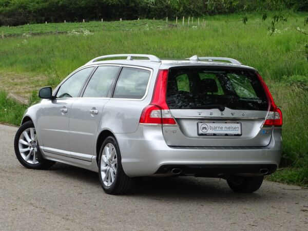 Volvo V70 2,0 D4 181 Summum aut. - billede 3