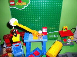 Lego-Duplo-Eisenbahn-5609-Super-Set-mit-35-Schienen-Gebraucht-2304-Bauplatte-NEU