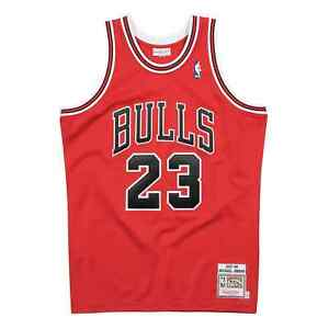 18399-Mitchell-amp-Ness-Authentic-Chicago-Bulls-Jersey-1997-98-Michael-Jordan