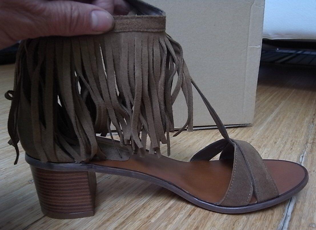 Sandaletten ZARA Khaki Braun Fransen T-Strap  Leder Gr. 40 NEU