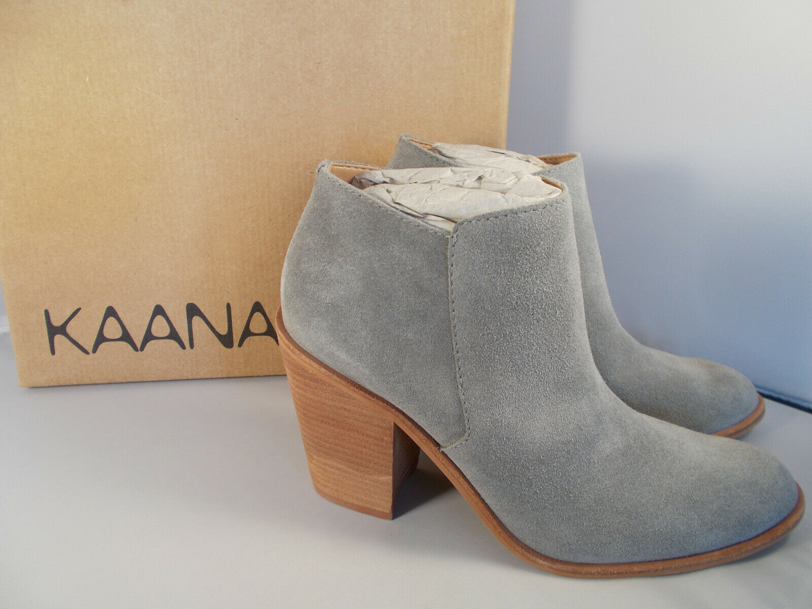 Kaanas Bolonga Handmade Grey Suede Leather Boots Womens Size 7 New In Box