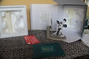 WDCC-DISNEY-MICKEY-DEBUT-STEAMBOAT-WILLIE-5-YR-SCULPTURE-CHARTER-COA-BOX-CLASSIC