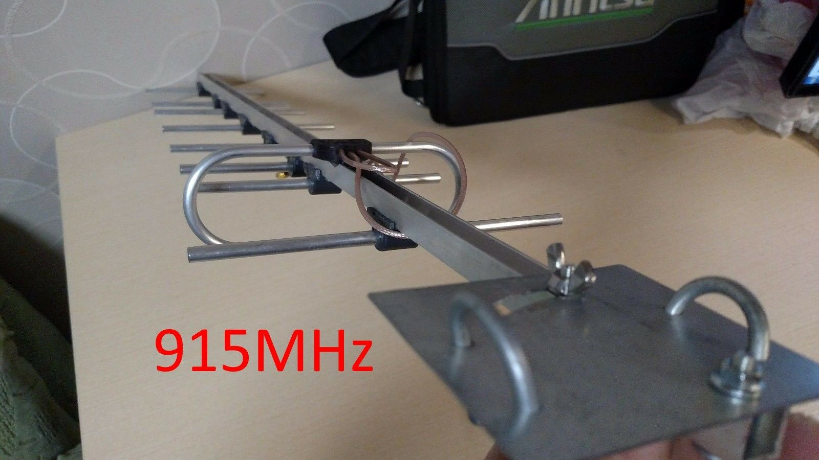 Antenna  915MHz Yagi  individual tuned for LRS telemetry RFD  disponibile