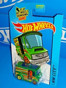 Hot-Wheels-2015-Art-Cars-Series-29-Bread-Box-Green-w-5SPs